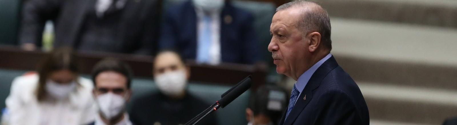 Staatspräsident Recep Tayyip Erdogan im Parlament in Ankara.