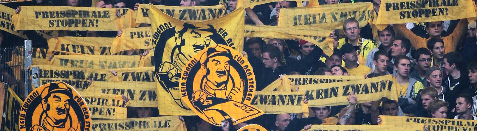 Am 22.09.2012 protestieren BVB-Fans gegen zu hohe Ticketpreise in Bundesliga-Stadien.