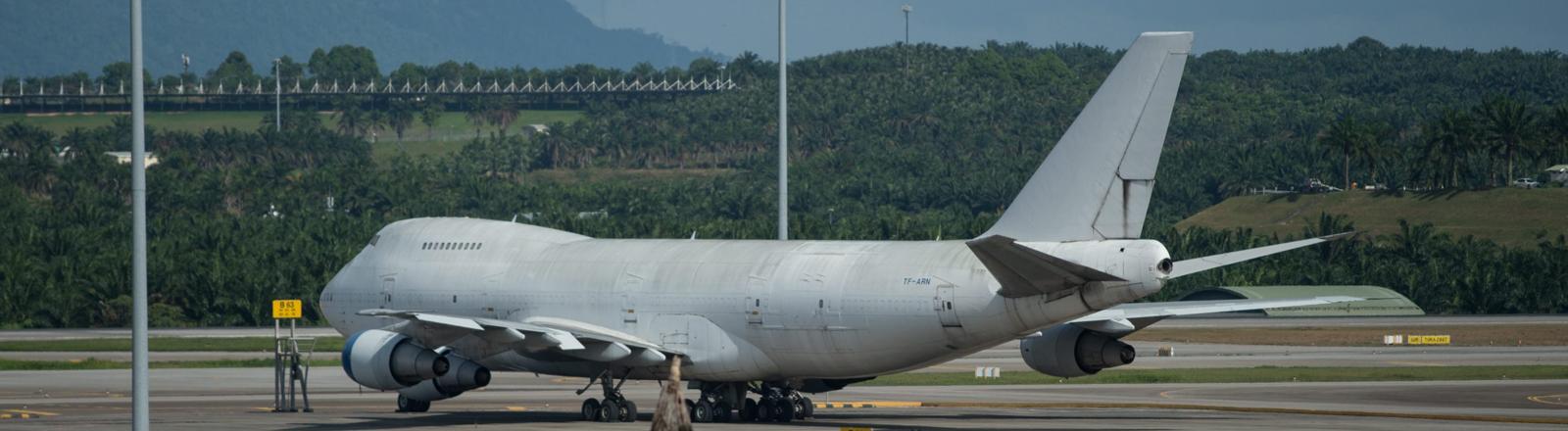 Eine der drei herrenlosen Boeing 747 am Flughafen in Kuala Lumpur.
