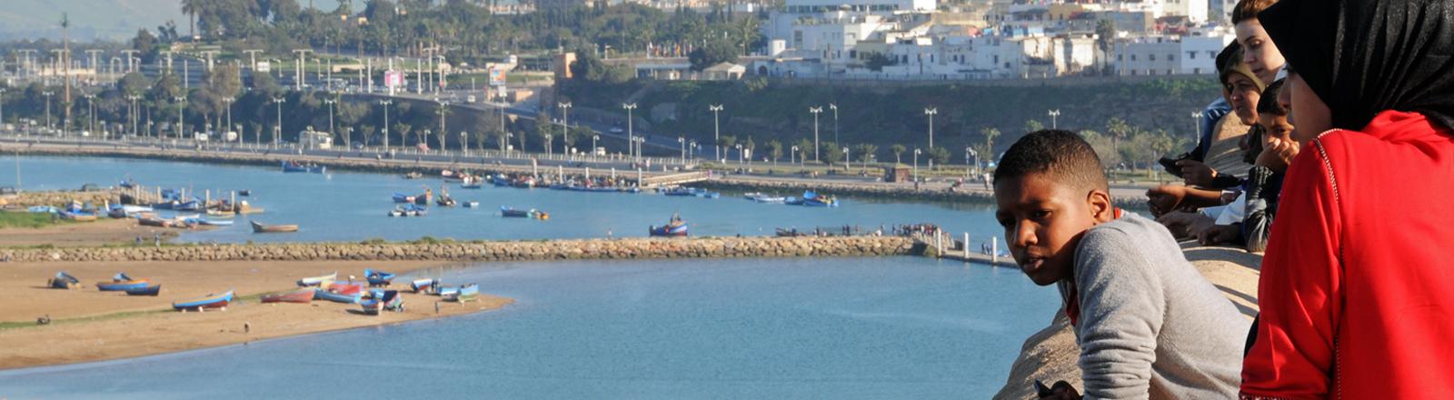 Jugendliche in Rabat (Marokko)
