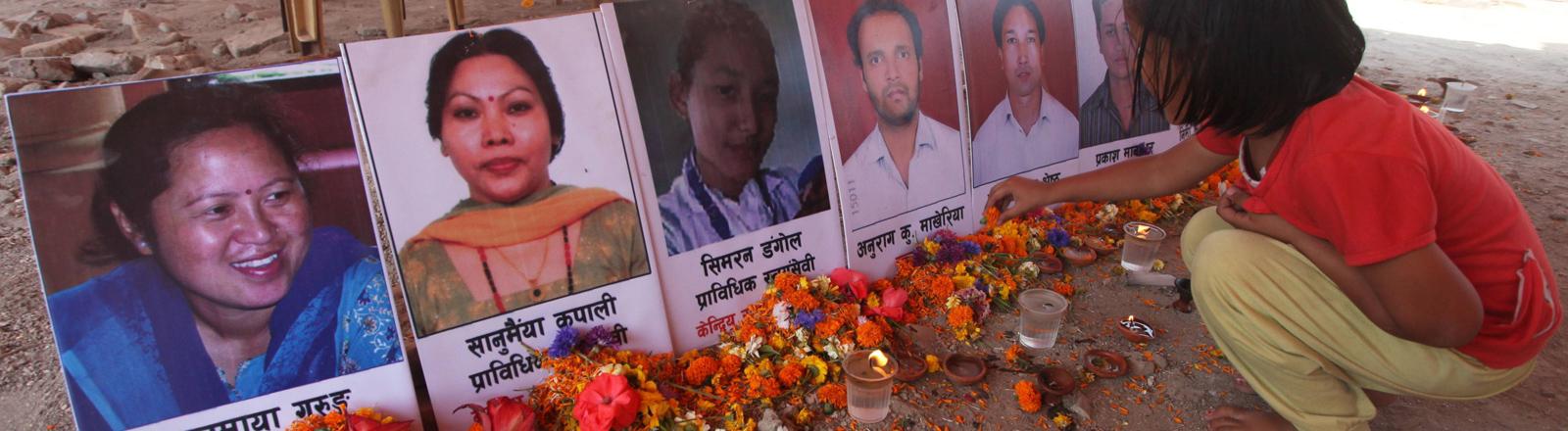Gedenkveranstaltung für die Erdbebenopfer in Kathmandu am 24. April 2016.