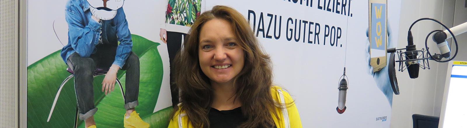 Moderatorin Diane Hielscher im Studio.