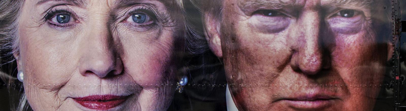 Hillary Clinton und Donald Trump auf einem Plakat.