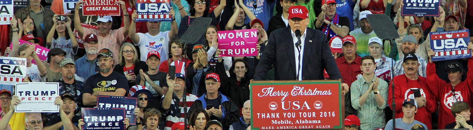 Donald Trump bei der Thank You Tour 2016