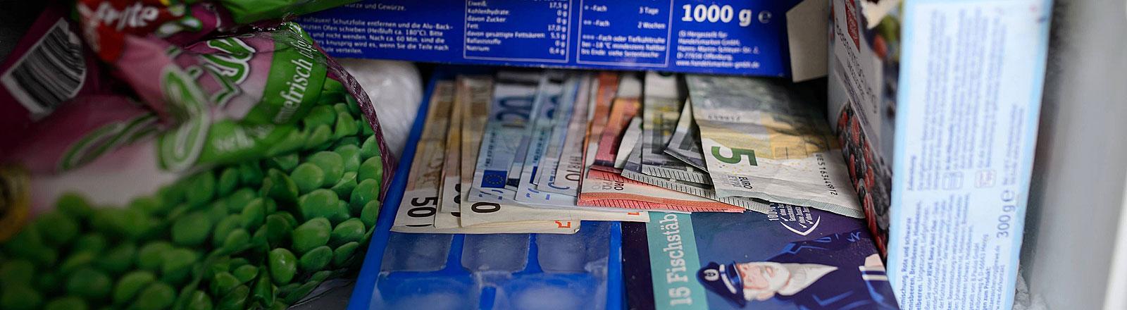 Geld im Tiefkühlfach