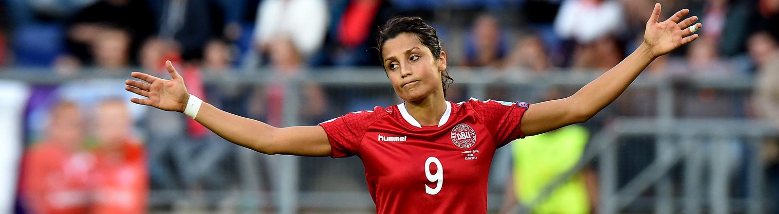Nadia Nadim, Fußballerin in der dänischen Nationalmannschaft