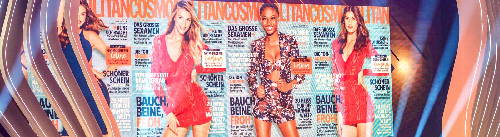 Die Teilnehmerinnen des Germanys next Top Model Finales vor ihren Cosmopolitan-Covern