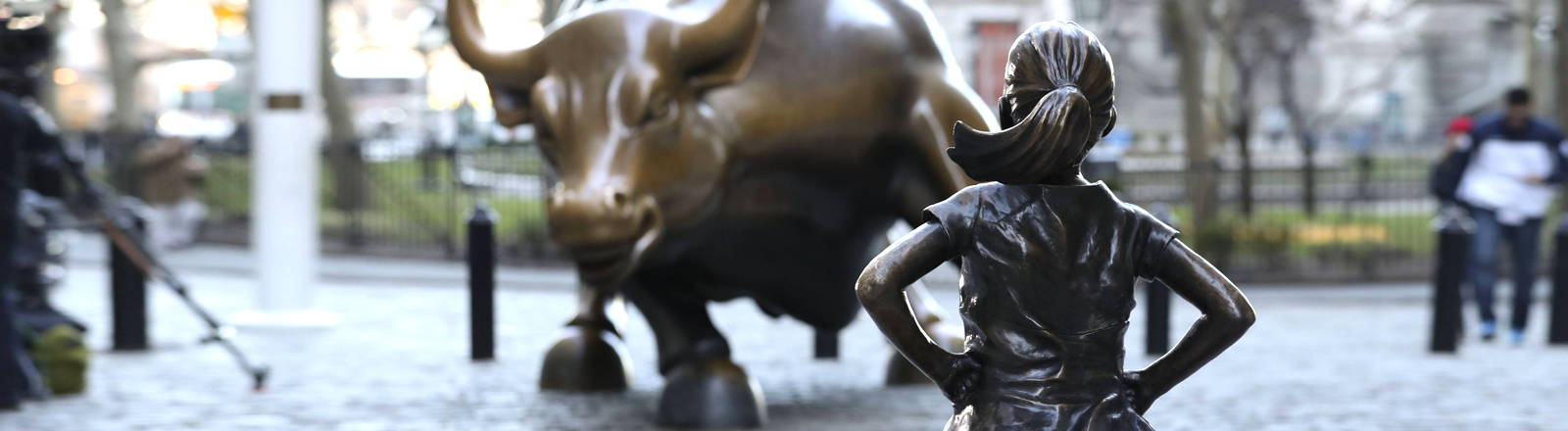 Statue Fearless Girl auf der New Yorker Wall Street