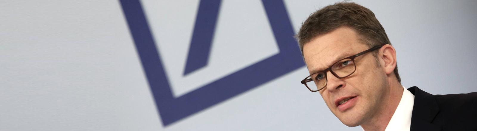 Christian Sewing, Deutsche Bank Vorstandschef