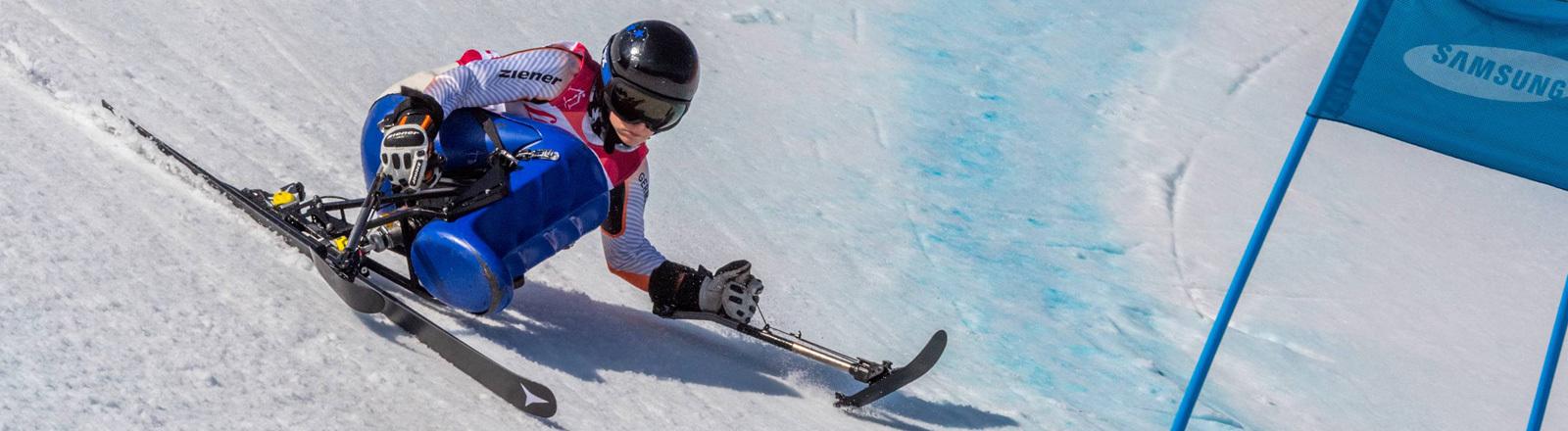 Anna Schaffelhuber bei einem Wettbewerb auf dem Monoskibob bei den Paralympics (13.03.18)