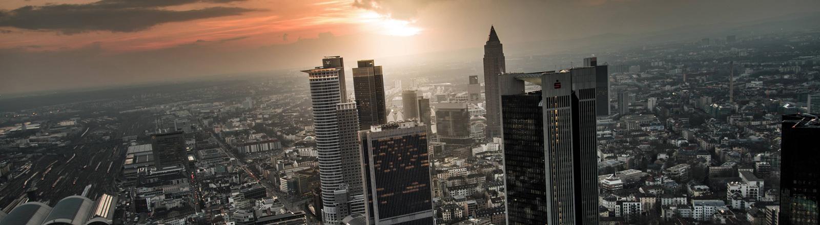 Blick auf die Skyline von Frankfurt am Main.