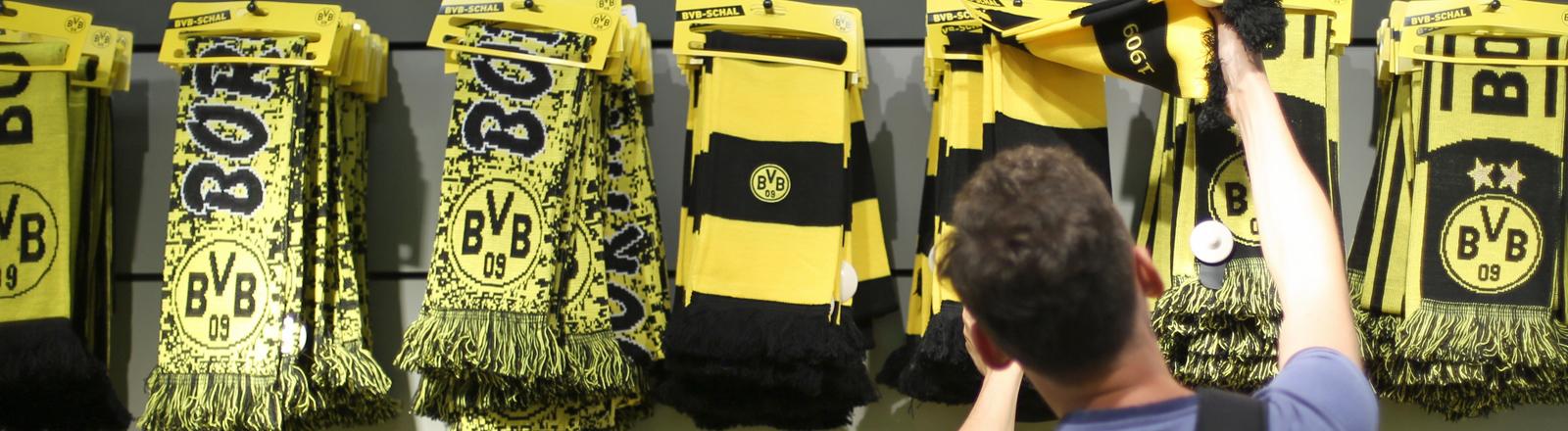Fanartikel von Borussia Dortmund.