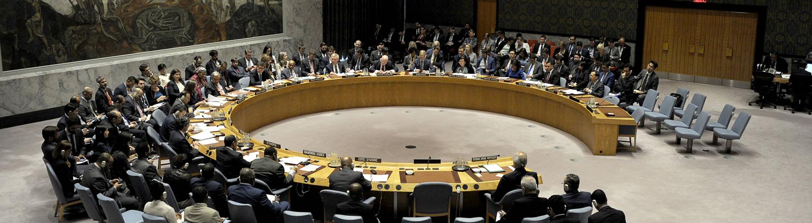 Krisensitzung des Sicherheitsrats der Vereinten Nationen zur Lage in Syrien, nachdem die Vereinigten Staaten und ihre europäischen Verbündeten Großbritannien und Frankreich Luftangriffe in Syrien als Vergeltung für Präsident Assads Chemiewaffenangriffe geflogen haben. New York, 14.04.2018
