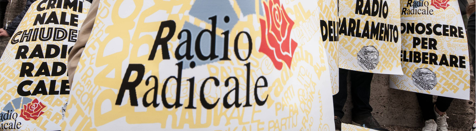 Eine Demonstration für den Erhalt von Radio Radicale am 21. April 2019