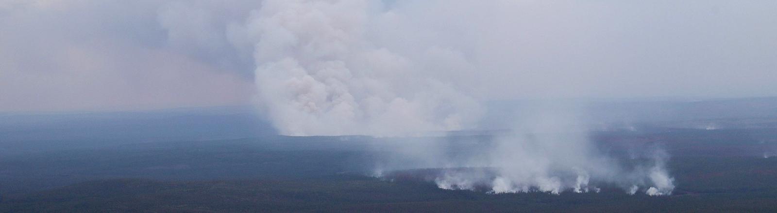 Luftaufnahme über dem Evenkiysky Distrikt im Gebiet Krasnoyarsk