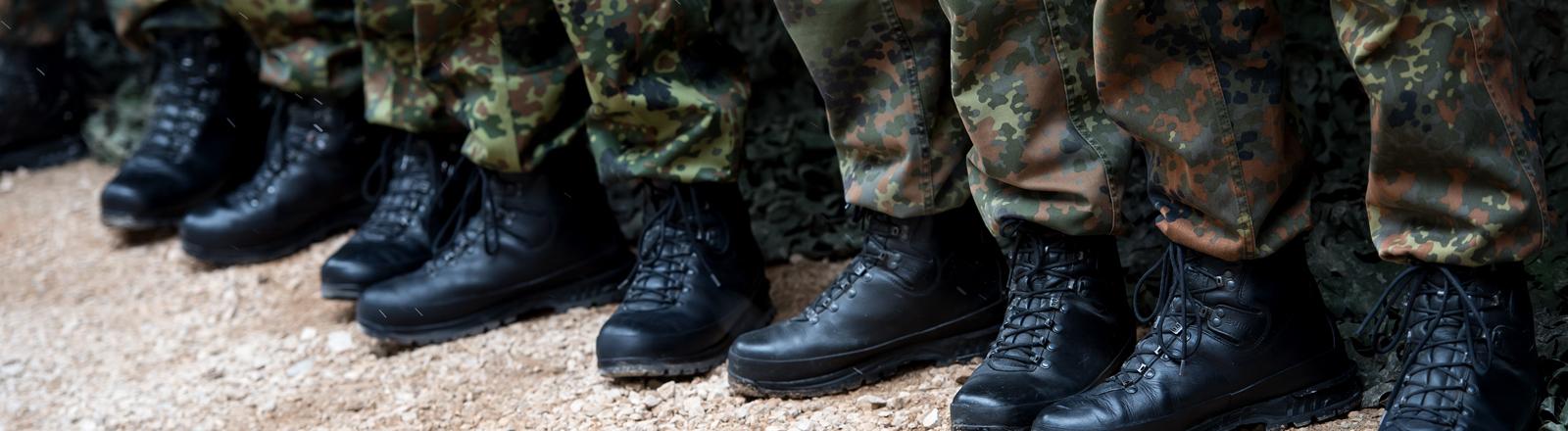 Stiefel von Bundeswehr-Soldaten