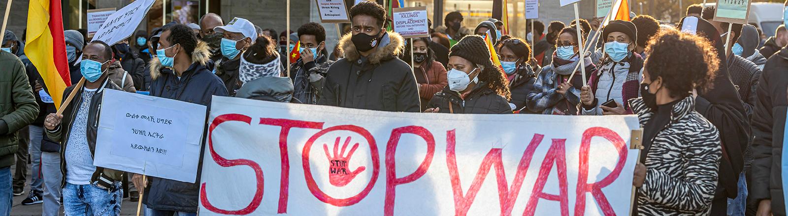Demonstration in Stuttgart gegen das diktatorische Regime in Eritrea und gegen den Krieg in Äthiopien.