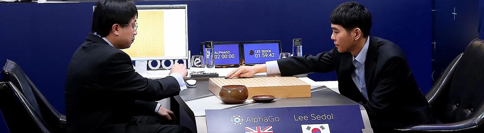 Der Südkoreanische Go-Meister Lee Se-dol tritt gegen den von Google entwickelten Go-Computer an.