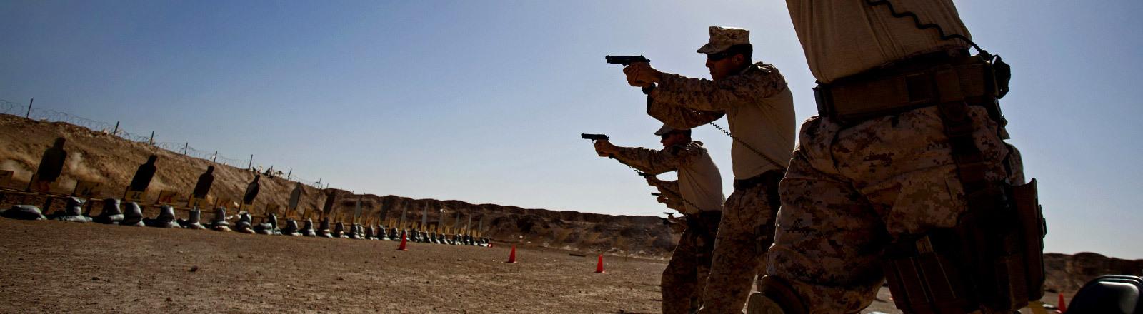 US-Truppen auf dem Übungsschießstand in Afghanistan