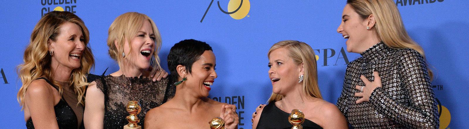 Fünf Schauspielerinnen auf der Preisverleihung Golden Globes 2018