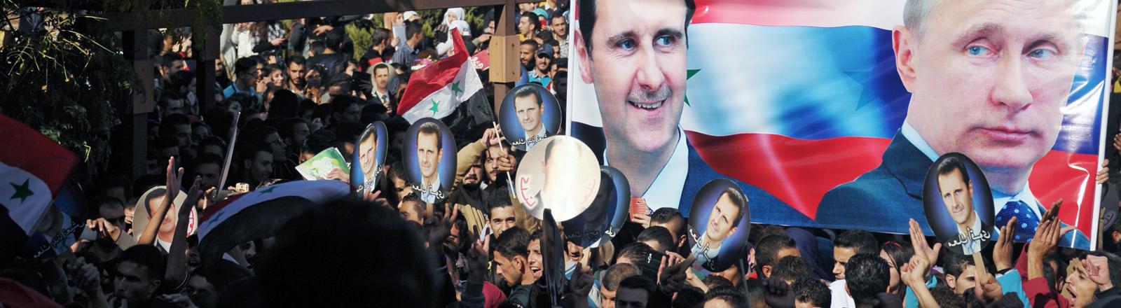 In Syrien feiern Anhänger Assad und Putin