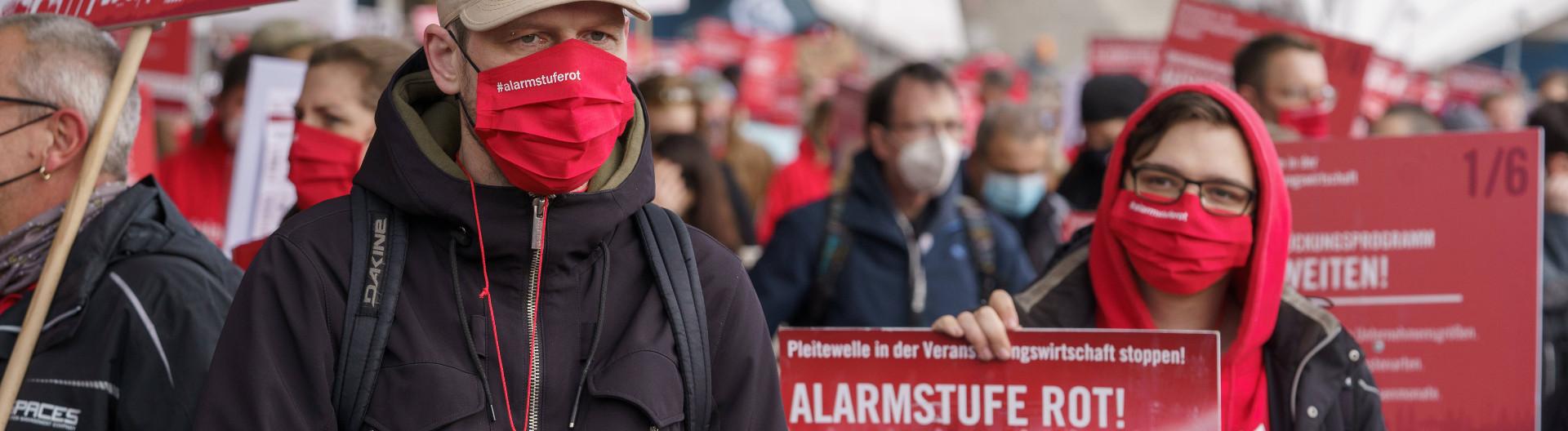 """Demo der Gruppe """"Alarmstufe Rot"""" der Veranstaltungsbranche in Berlin am 28. Oktober 2020"""