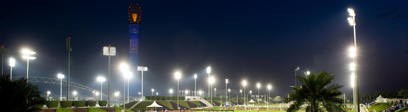 Der Aspire Tower beim Trainingsquatier in Katar