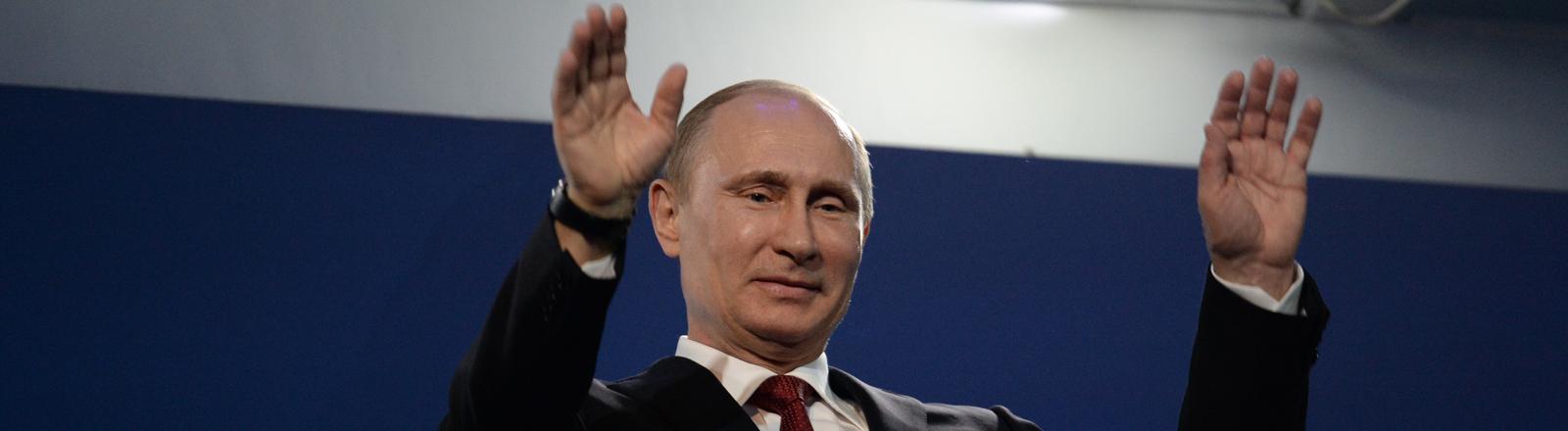 Wladmir Putin bei der Abschlussfeier der Paralympischen Winterspiele in Sotschi