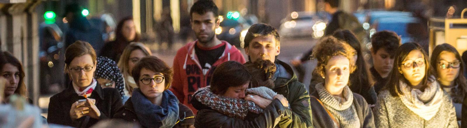 Gedenken an die Opfer der Anschläge in Lyon