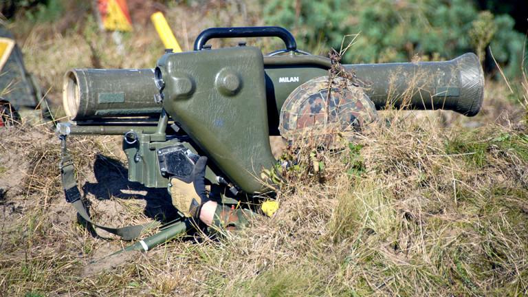 Gefechtsschießen mit der tragbaren Panzerabwehrwaffe Milan am 19.09.2012 bei der Informationslehrübung des Heeres