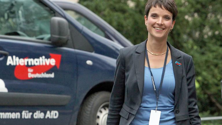 Frauke Petry ist AFD-Politikerin und Spitzenkandidatin der Partei im sächsischen Wahlkampf.