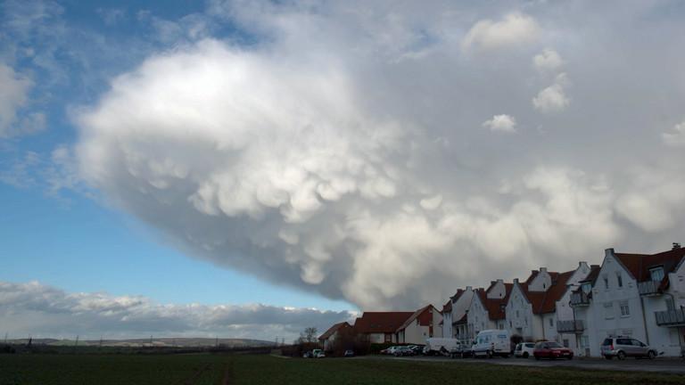 Das Sturmtief Niklas braust am 31.03.2015 über Deutschland.