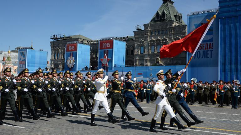 Chinesische Soldaten nehmen an der Generalprobe zur russischen Militärparade zum Kriegsende vor 70 Jahren teil.