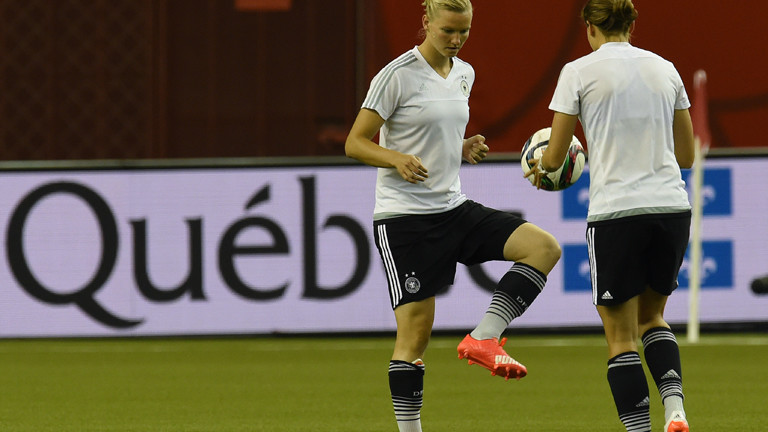 Training der deutschen Frauenfußballmannschaft bei der WM in Kanada 2015