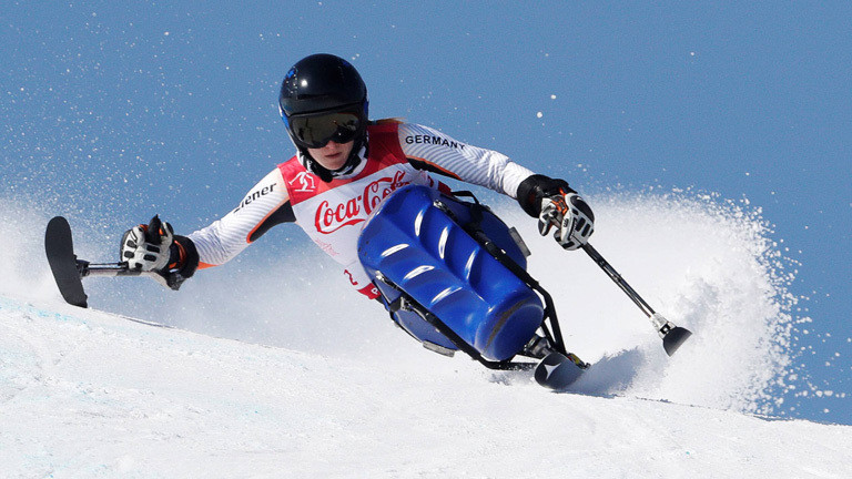 Anna Schaffelhuber bei einem Wettbewerb auf dem Monoskibob bei den Paralympics (11.03.18)