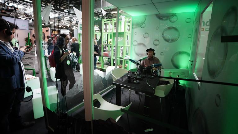 Der Stand von Deutschlandfunk Nova auf der re:publica 2018.