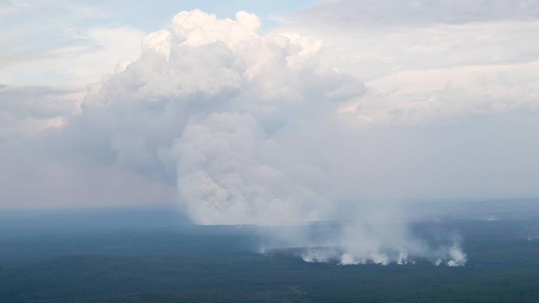 Waldbrände in Sibirien: Hoffen auf Regen
