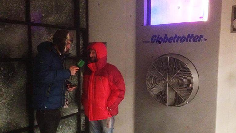 Alexander Franz und Michael Tiemann in der Kältekammer
