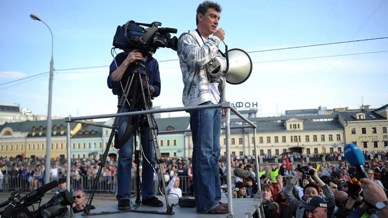 Boris Nemzow bei einer Kundgebung im Jahr 2012.