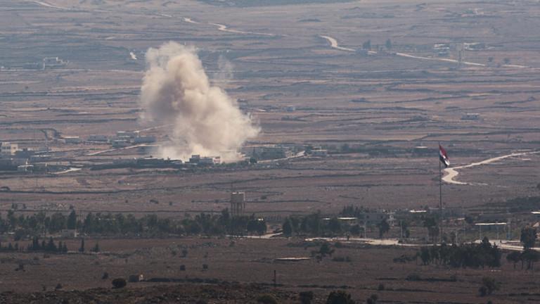 Kämpfe zwischen syrischen Rebellen und regierungstreuen Truppen an der Grenze zu Israel (28.08.2014 | dpa).