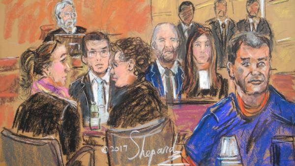 """Der Drogenboss Joaquin Guzman Loera (vorne, rechts), bekannt als """"El Chapo"""", bei einer Anhörung vor Gericht in NewYork, USA, am 03.02.2017. Hinten links sitzt der Richter Brian Cogan."""