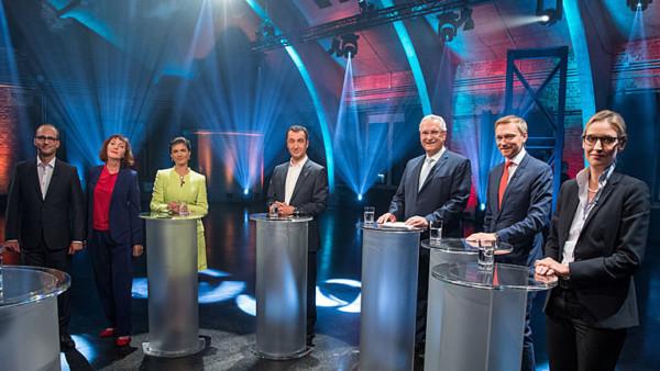 SpitzenkandidatInnen von CSU, FDP, Grünen, Linken und AfD im TV-Fünfkampf
