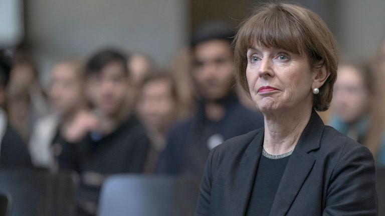 Henriette Reker, Kölns Oberbürgermeisterin, bei einem Treffen mit Schülern (22.01.2019)