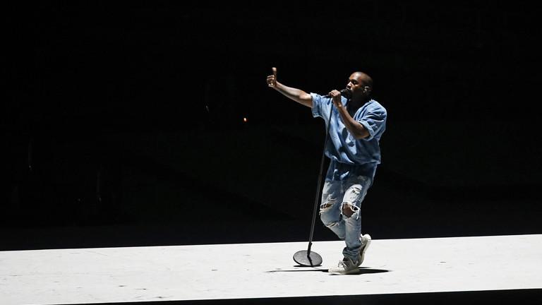 Kanye West live in Toront 2015