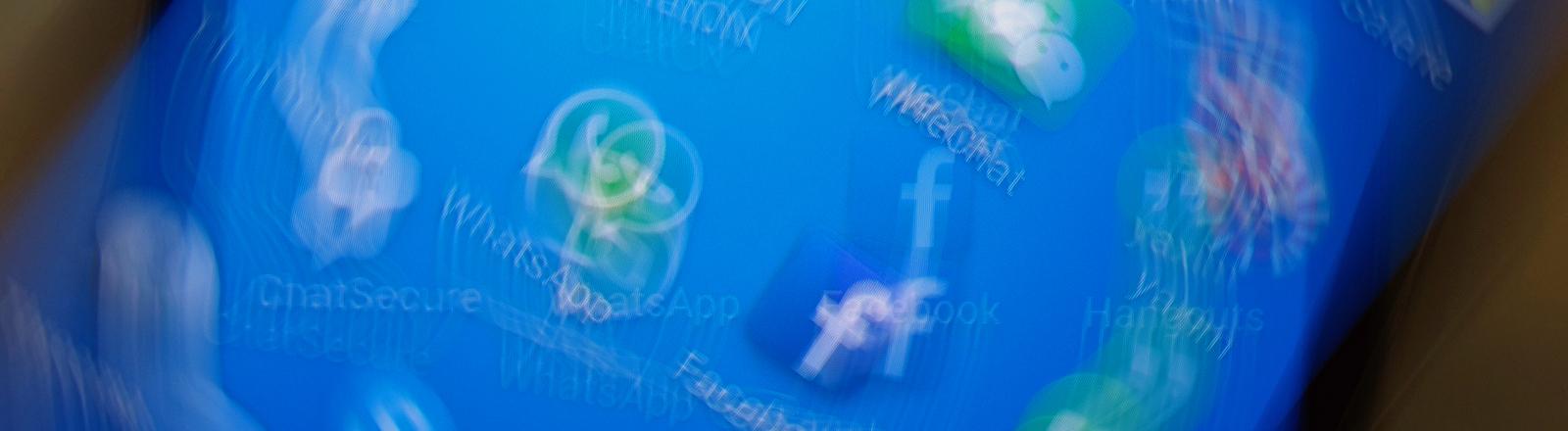 Verschiedene App-Symbole auf einem Smartphone