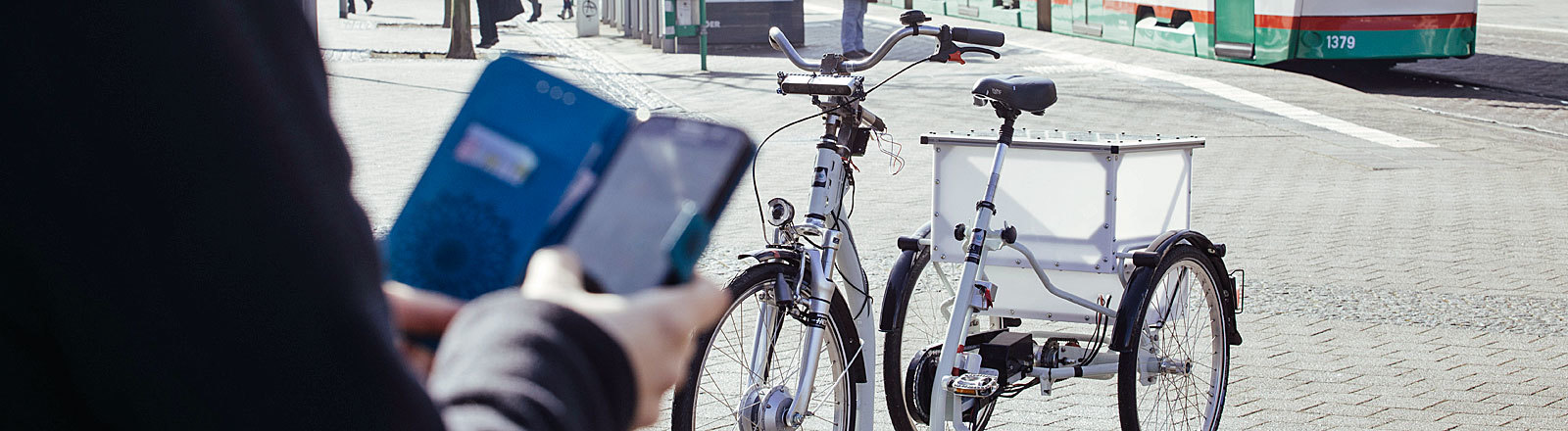 autonomes Fahrrad, das Forscher der Uni Magdeburg entwickelt haben