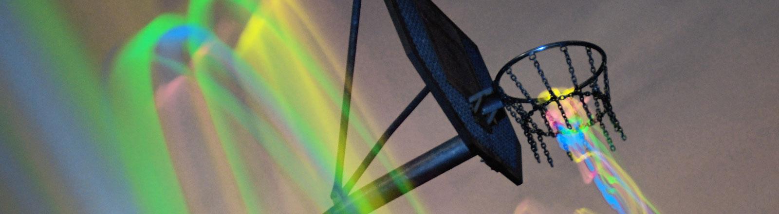 Basketballkorb mit Lichteffekten
