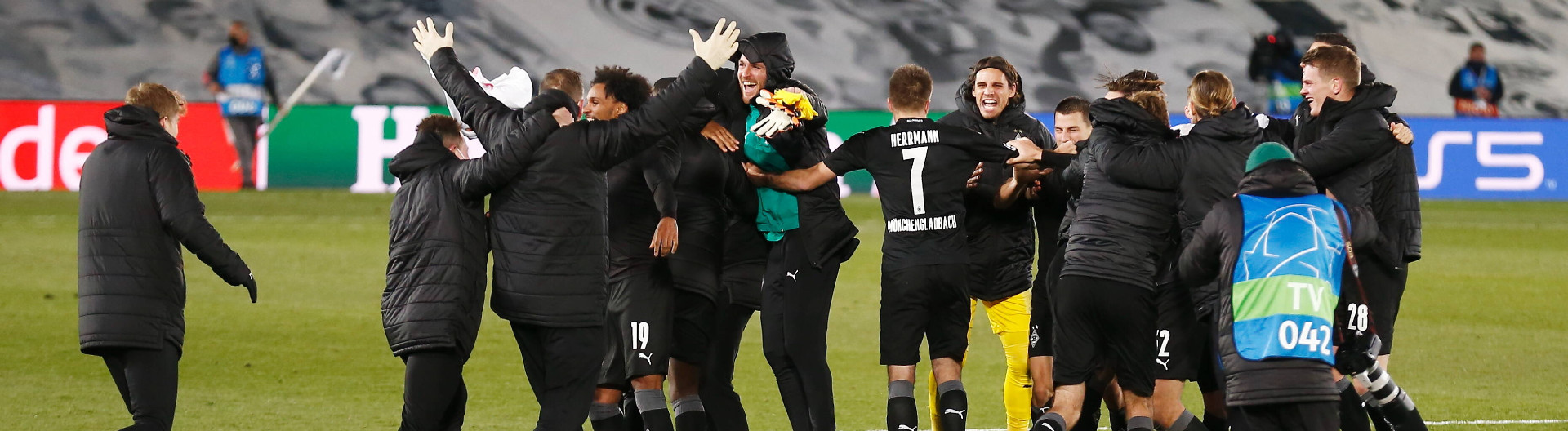 Mönchengladbach players are celebrate to have made it through the group stage after UEFA Champions League Group stage Group B match between Real Madrid CF 2-0 Borussia Mönchengladbach