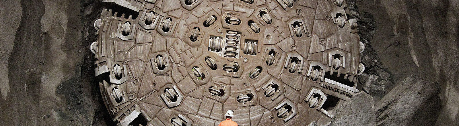 Arbeiten am neuen Gotthard Basis Tunnel