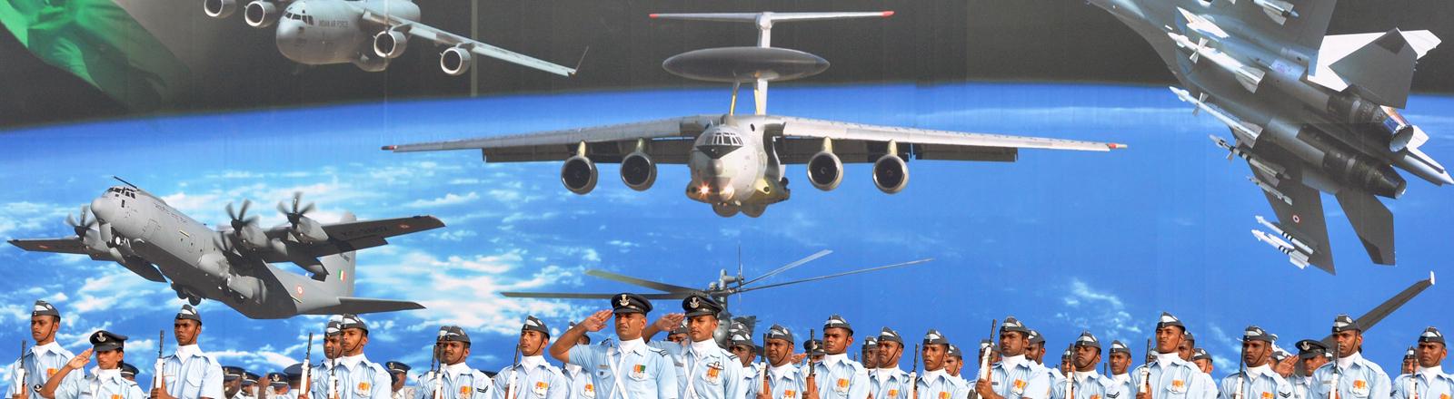 Indisches Militär beim 'Indian Air Force Day'.